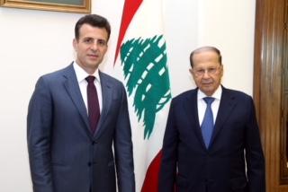 سعادة السفير حسام دياب مع فخامة رئيس الجمهورية ميشال عون